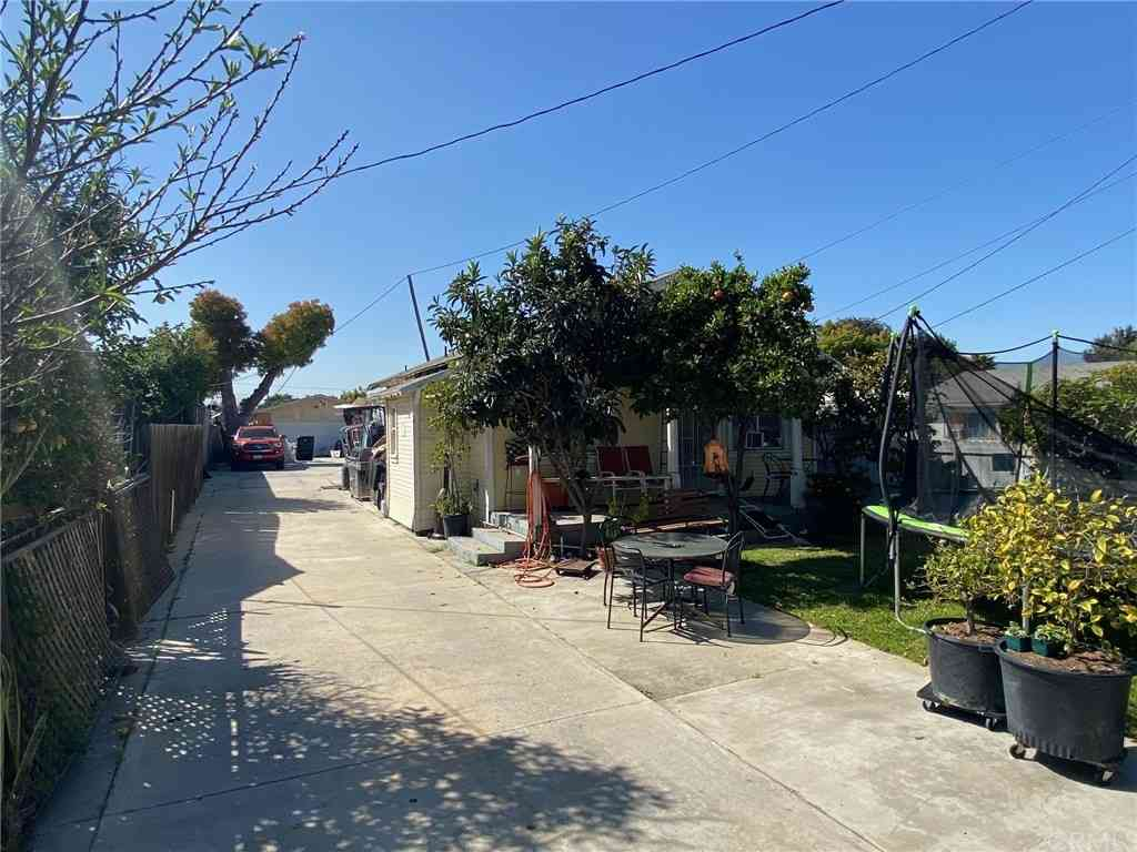 3844 W 106th Street, Inglewood, CA, 90303,