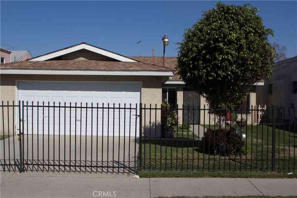 731 W 74th Street, Los Angeles, CA, 90044,