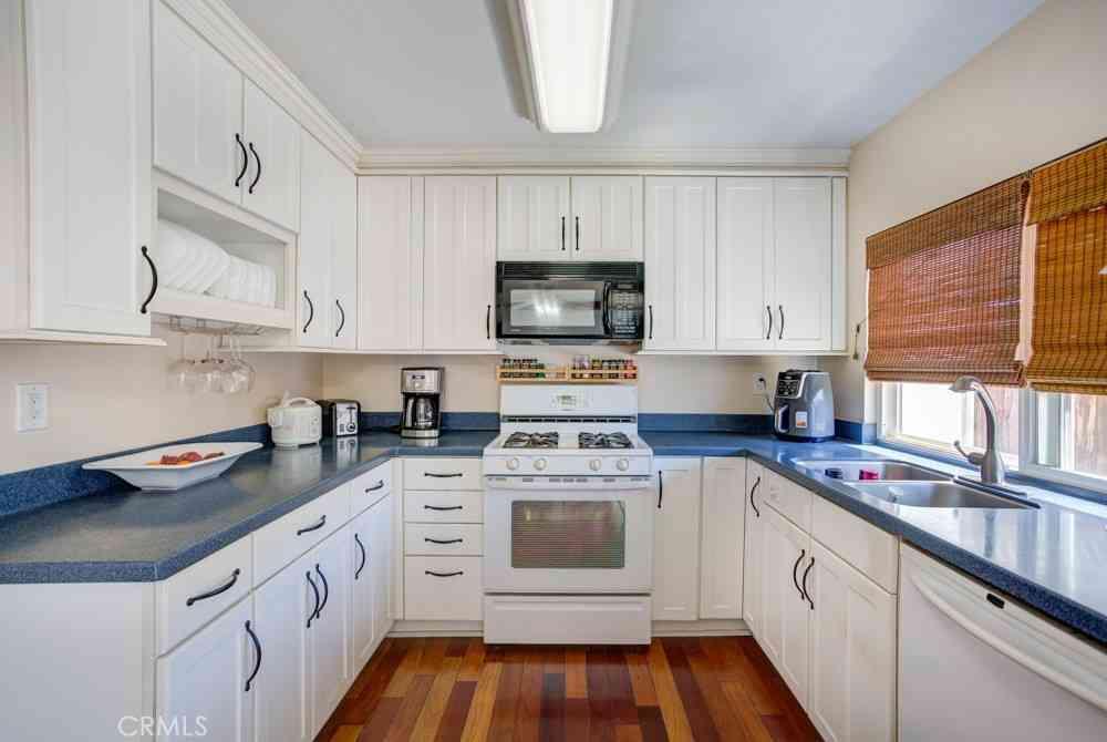 25837 Oak Street #106, Lomita, CA, 90717,