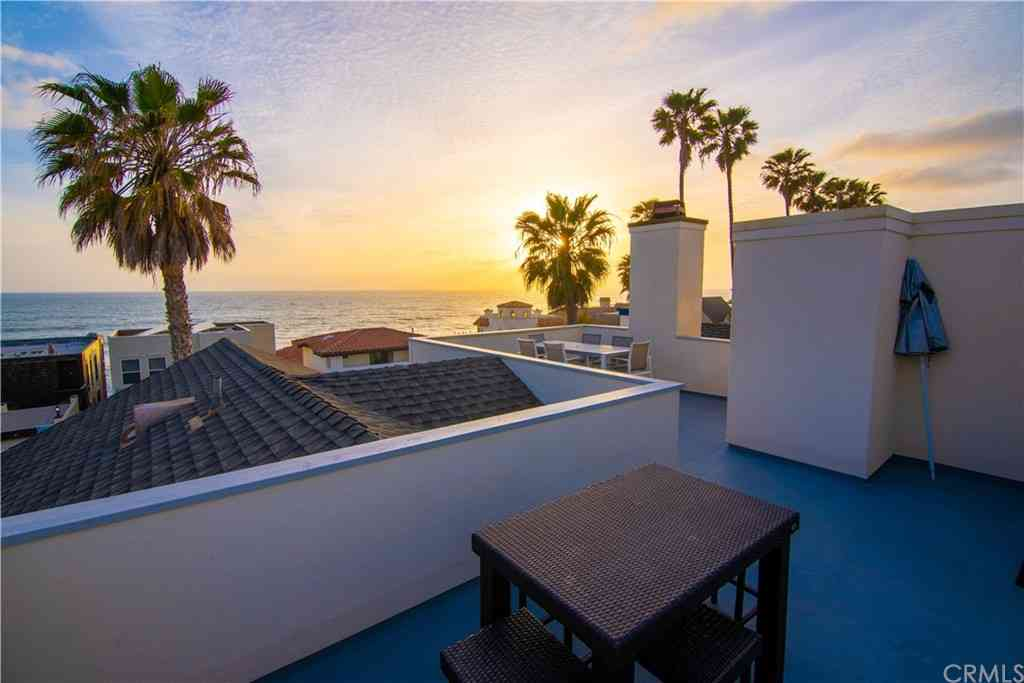 1022 S Pacific Street, Oceanside, CA, 92054,