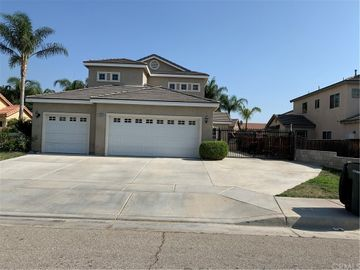 1020 Sagecrest Drive, San Jacinto, CA, 92583,