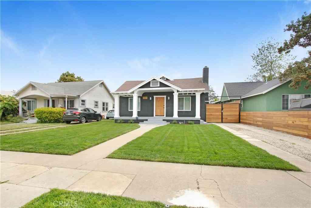 5020 3rd Avenue, Los Angeles, CA, 90043,