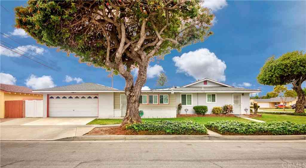 1500 W Olive Avenue, Fullerton, CA, 92833,