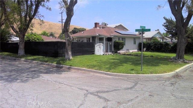 1246 W 31st Street San Bernardino, CA, 92405