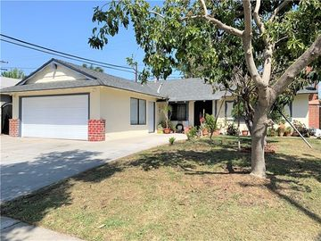 917 South Huron, Santa Ana, CA, 92704,