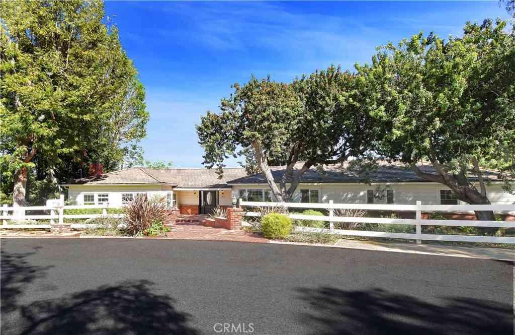 52 Strawberry Lane, Rolling Hills Estates, CA, 90274,