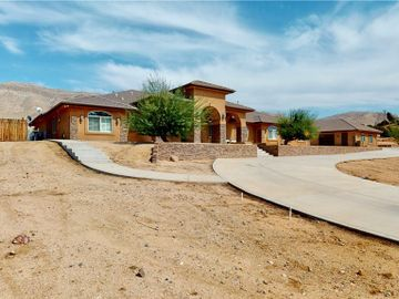 20226 Sunset Drive, Apple Valley, CA, 92308,