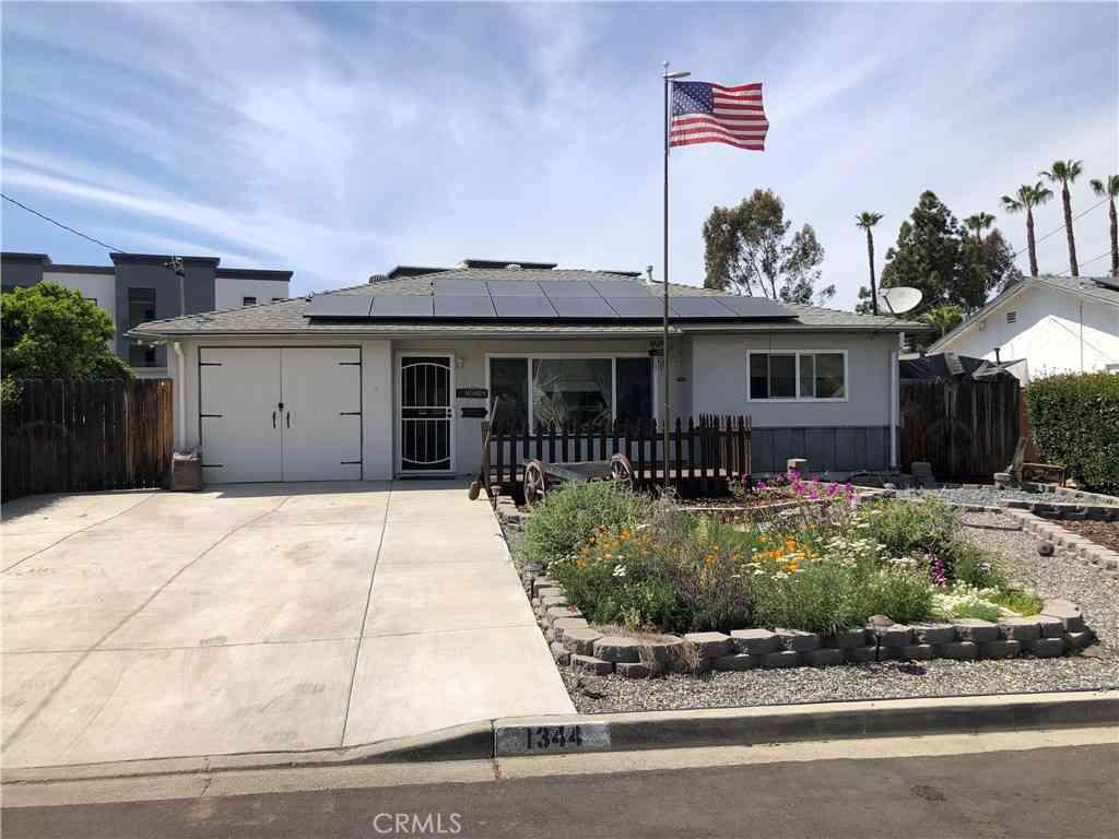 1344 Calera Street, Vista, CA, 92084,