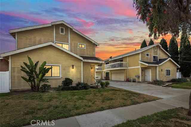 11634 205th Street, Lakewood, CA, 90715,