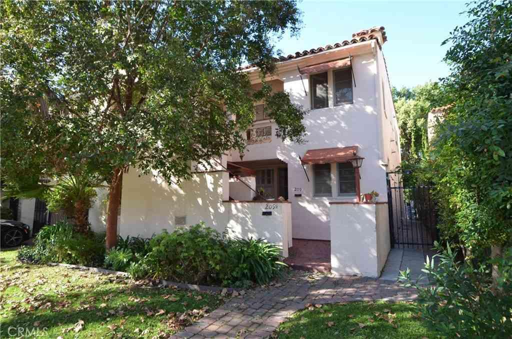 209 S Arnaz Drive, Beverly Hills, CA, 90211,