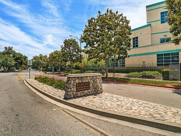 333 W Spazier Avenue, Burbank, CA, 91506,