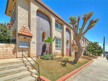 212 N Marguerita Avenue #E, Alhambra, CA, 91801,