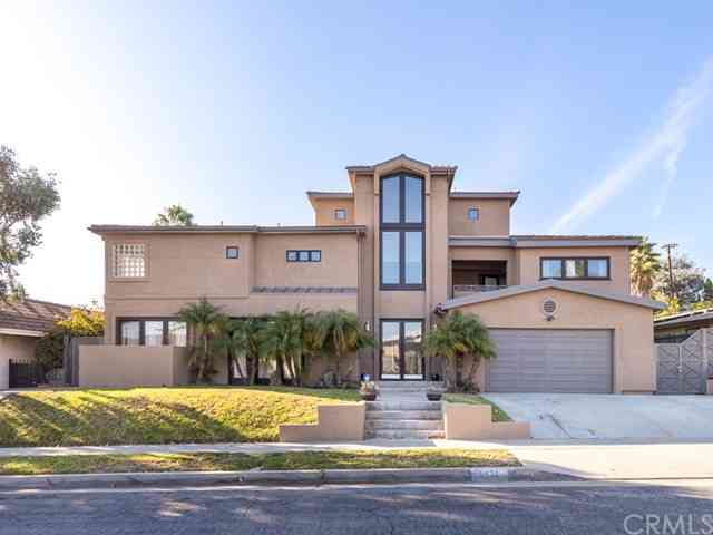 5431 South Chariton Avenue, Ladera Heights, CA, 90056,