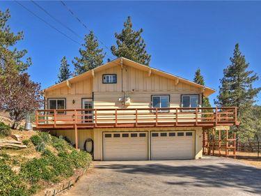 32745 Hilltop Boulevard, Running Springs, CA, 92382,
