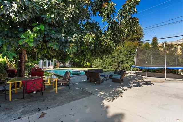 Swimming Pool, 4717 W 28th Street, Los Angeles, CA, 90016,