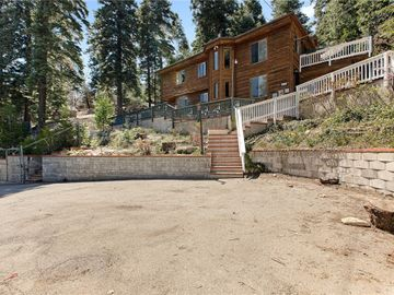 864 Lake View Lane, Twin Peaks, CA, 92391,