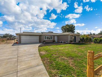 2135 Pacific Avenue, Norco, CA, 92860,