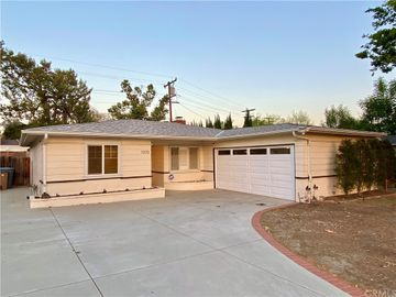 1370 N Indian Hill Boulevard, Claremont, CA, 91711,
