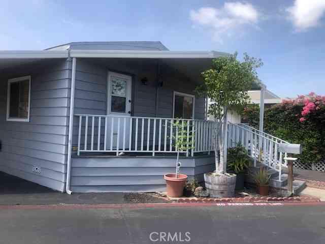 13 Orange Via, Anaheim, CA, 92801,