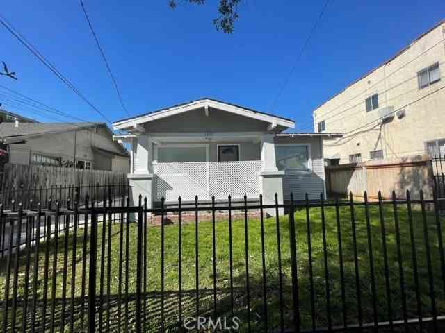 1051 Temple Avenue, Long Beach, CA, 90804,