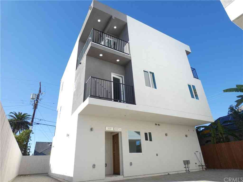 339 N Harvard Boulevard, Los Angeles, CA, 90004,