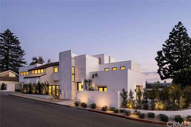 3412 Walnut Avenue, Manhattan Beach, CA, 90266,