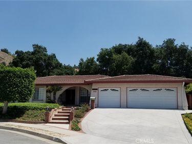262 N Greencroft Avenue, Glendora, CA, 91741,