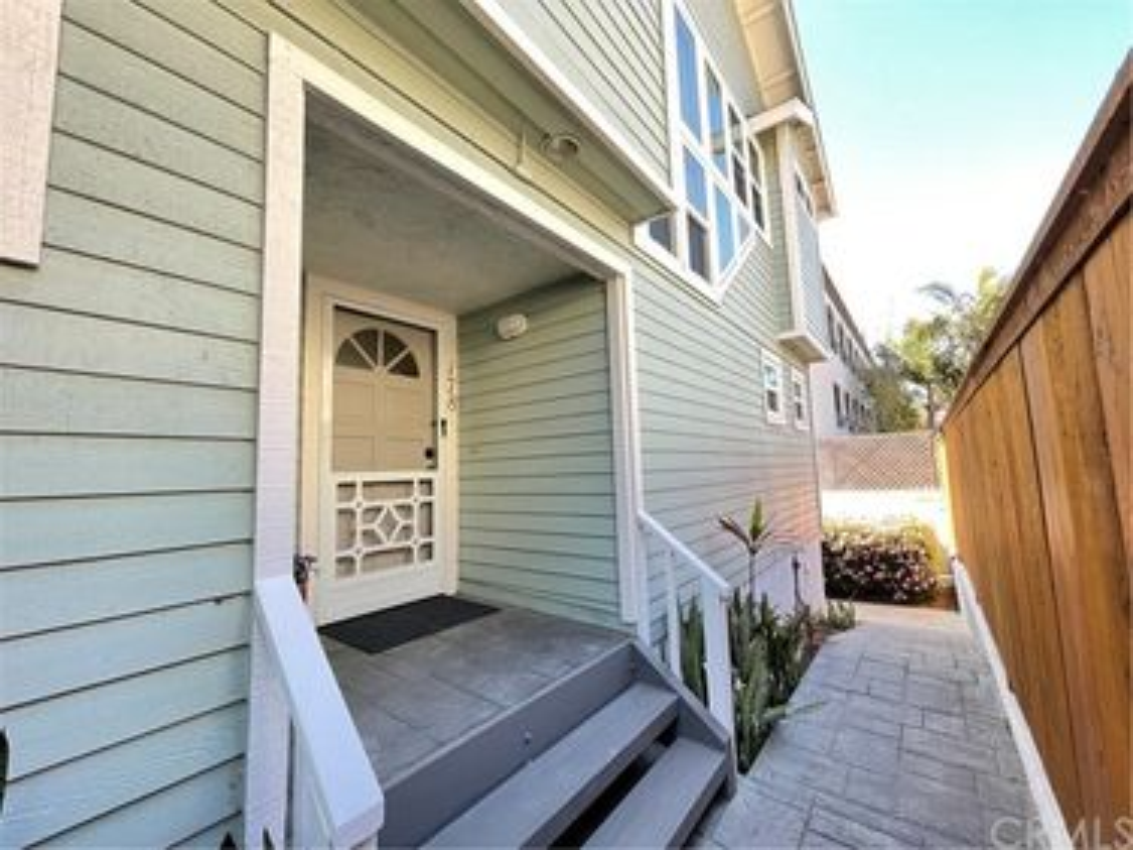 178 Walnut Avenue, Carlsbad, CA, 92008,