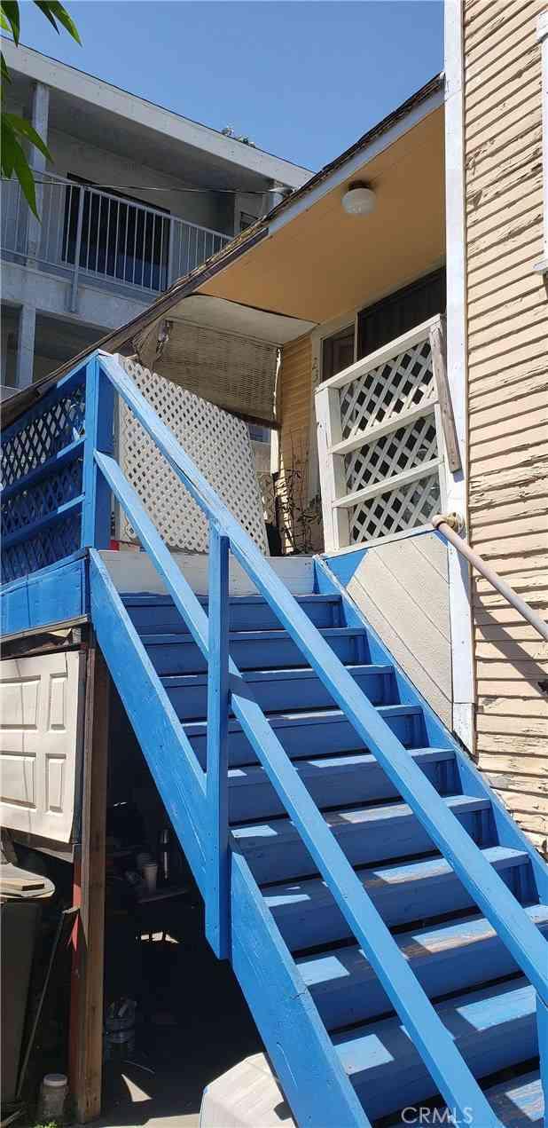 2315 E 10th Street, Long Beach, CA, 90804,