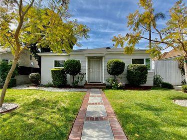 10418 Myrna Street, North Hollywood, CA, 91601,