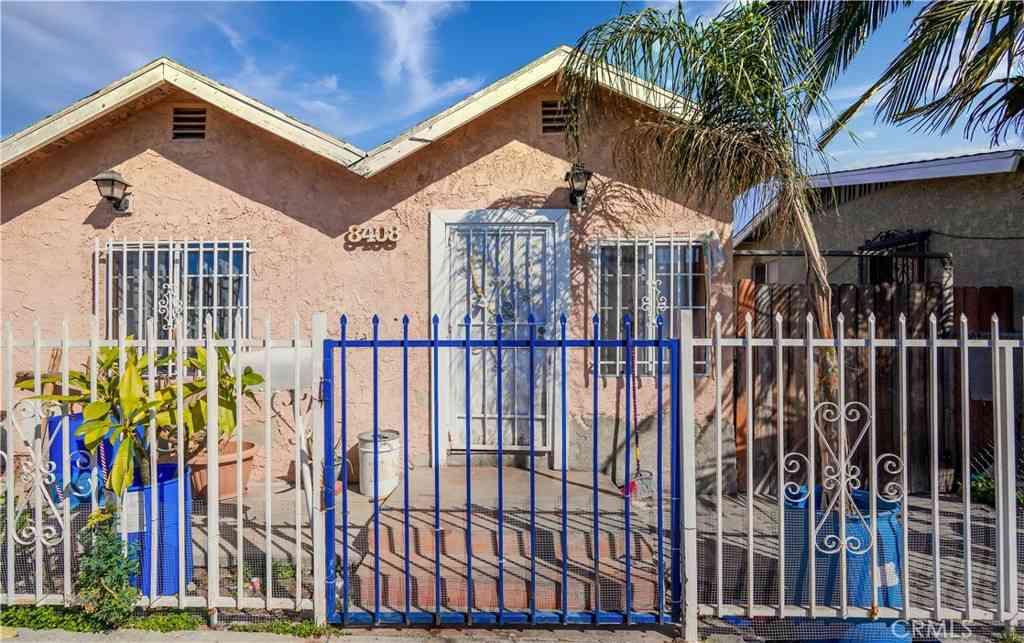 8408 Graham Avenue, Los Angeles, CA, 90001,