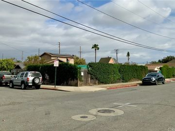 1202 E 3rd Street, Santa Ana, CA, 92701,