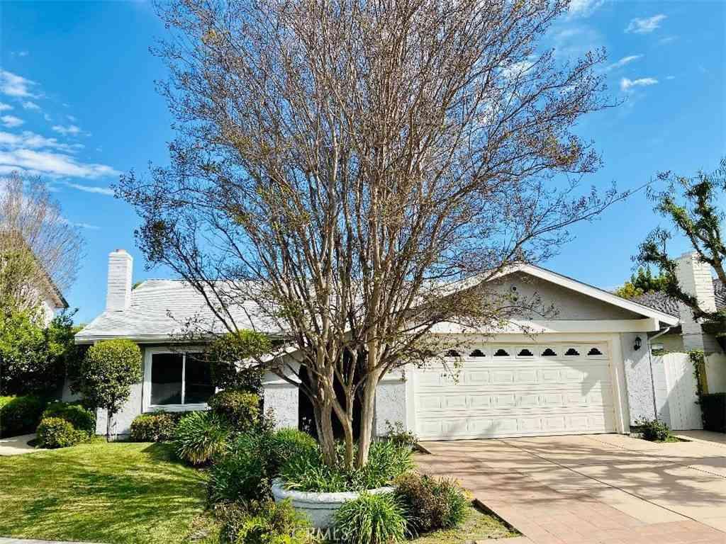 8017 E Damar Street, Long Beach, CA, 90808,