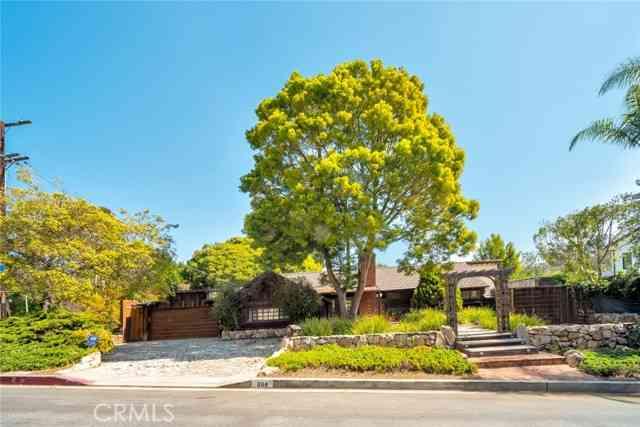 868 Brooktree Road, Pacific Palisades, CA, 90272,