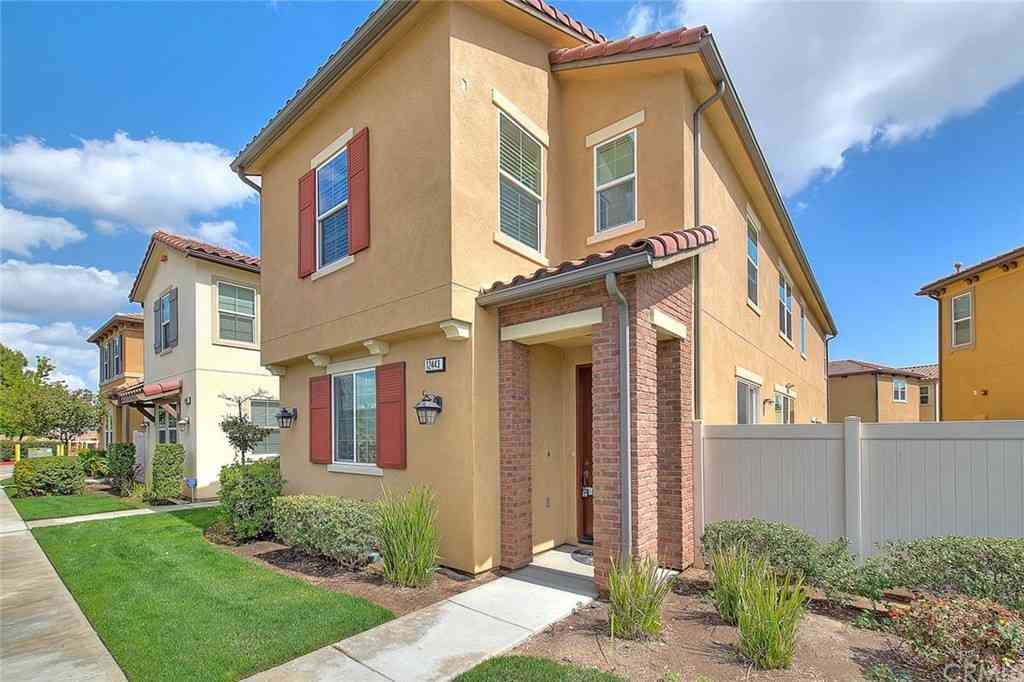 12443 Heritage Springs Drive, Santa Fe Springs, CA, 90670,
