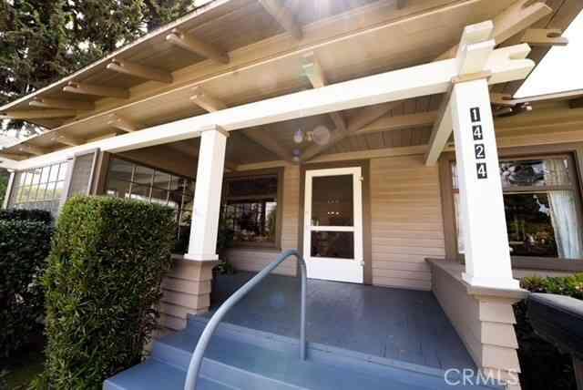 1424 E 3rd Street, Long Beach, CA, 90802,