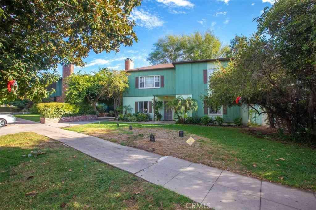 3250 Rowena Avenue, Los Angeles, CA, 90027,