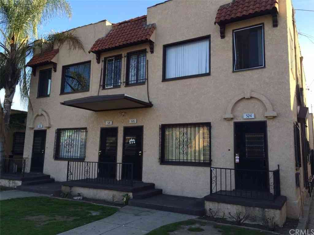 520 E 17th Street, Long Beach, CA, 90813,