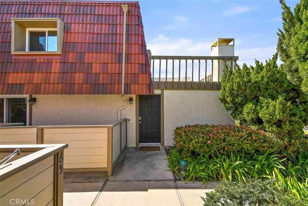 61 Cresta Verde Drive, Rolling Hills Estates, CA, 90274,