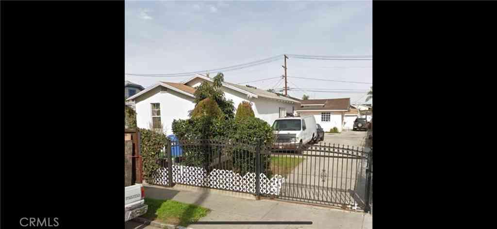 537 W 78th Street, Los Angeles, CA, 90044,