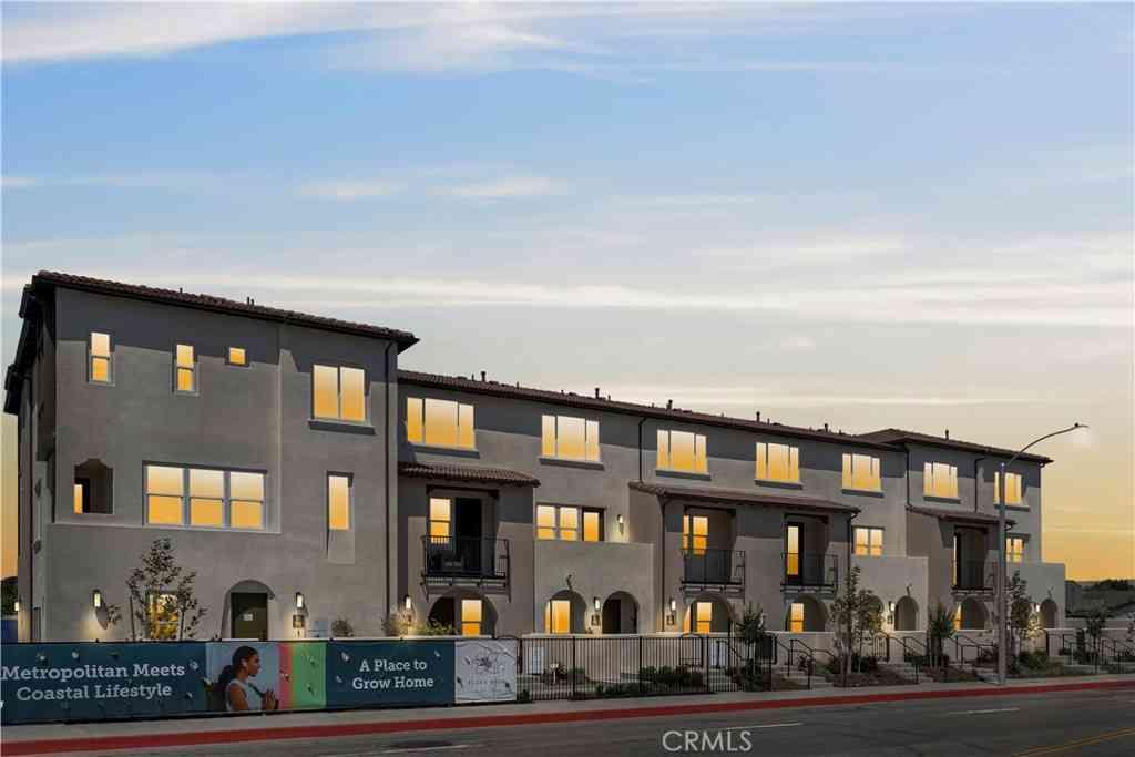 22260 Meyler Street, Torrance, CA, 90502,