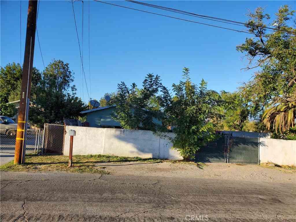 972 Jefferson Avenue, San Bernardino, CA, 92410,