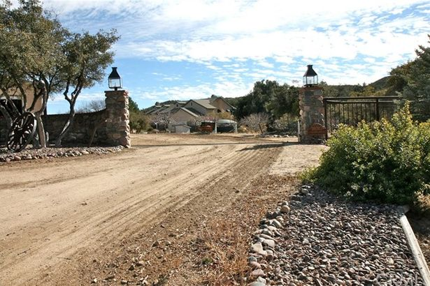30303 Chihuahua Valley Road
