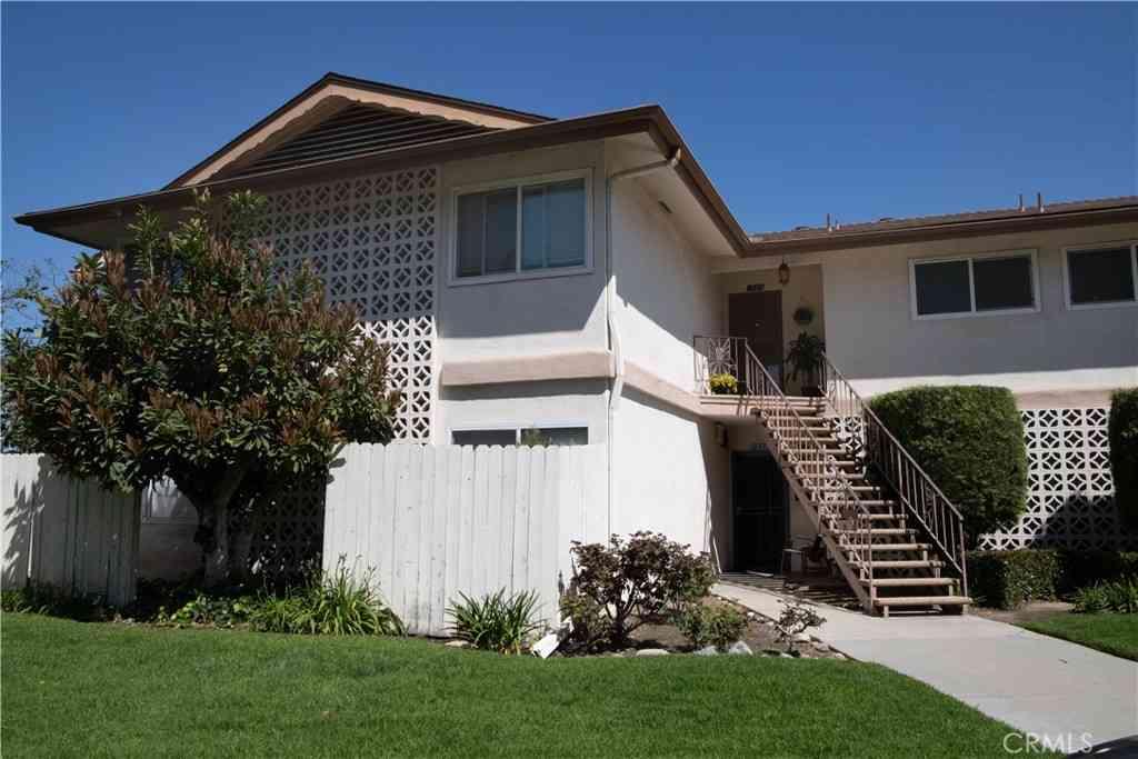 1327 Shadow Lane #222, Fullerton, CA, 92831,