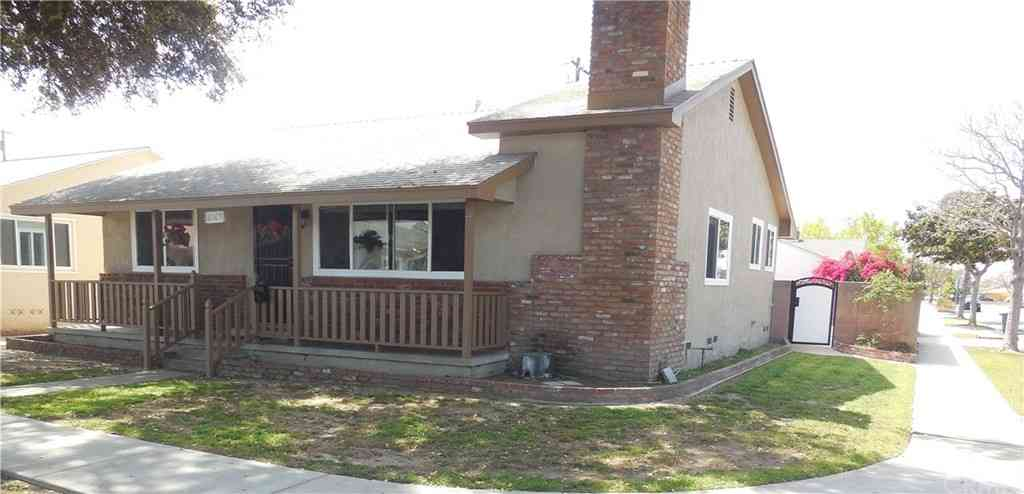 6169 Castana Avenue, Lakewood, CA, 90712,