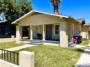 864 W 18th Street, San Bernardino, CA, 92405,