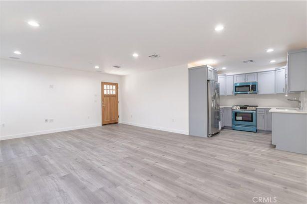 5239 Auckland Avenue