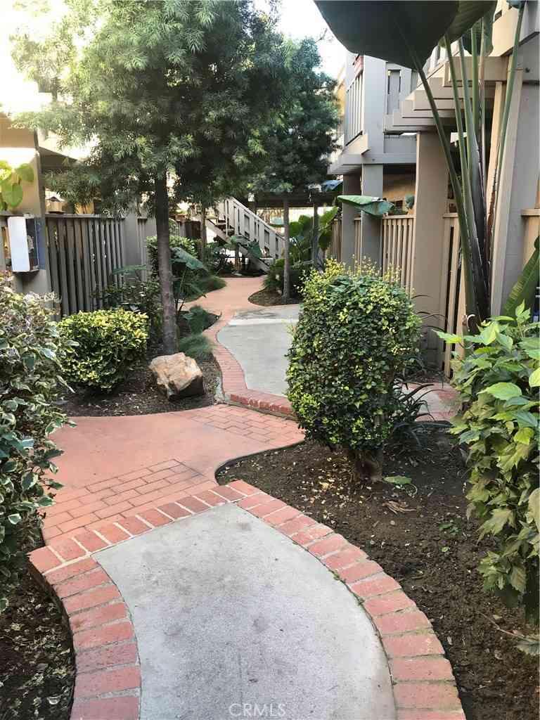3265 Santa Fe Ave, Long Beach, CA, 90810,
