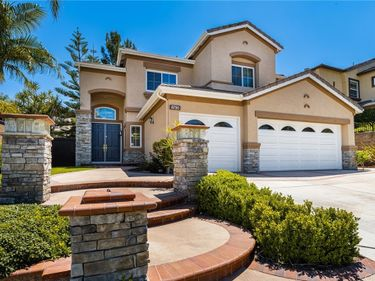 8730 E Garden View Drive, Anaheim Hills, CA, 92808,