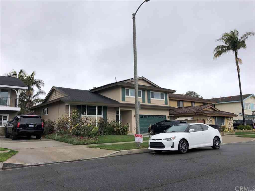 3281 Julian Avenue, Long Beach, CA, 90808,